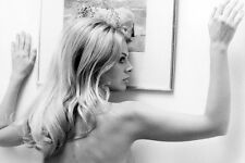 Britt Ekland The Wicker Man Naked Against Wall 24x36 Poster(60x91cm)