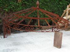 marquise en fer forgé plein , toiture de porte d entrée