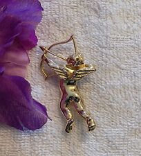 CLASSIC VALENTINES DAY VICTORIAN CUPID BOW AND ARROW HEART GOLD TONE ROMANCE CH8