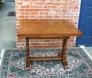 English Antique Oak Edwardian Style Draw Leaf Kitchen Table