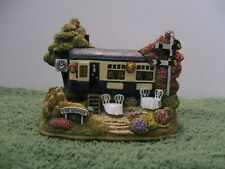 "Lilliput Lane L2622 ""The Sidings"" Mint in original box with deed."