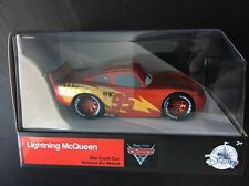 Disney Store CARS 3 LIGHTNING MCQUEEN Die Cast Collectible 1:43 Scale EDITION