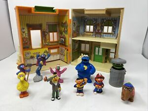 Vintage 1984 Sesame Street 123 Play House Hooper's Store Folding Toy Playskool