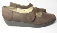 Ros Hommerson Womens Brown Suede  Leather Wedge Mary Janes H12322 Sz 9.5 Narrow