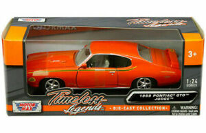 1969 PONTIAC GTO JUDGE ORANGE 1:18 SCALE CAR BY MOTORMAX 73133