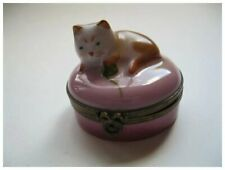 Vintage Limoges Castle France Cat Playing with Yarn Porcelain Box