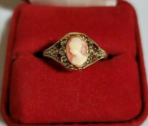 Vintage Beautiful Cameo Ring, 14K 1G.E. Gold, Size 7