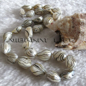 """18"""" 11-12mm White With Black Wave Baroque Freshwater Mother of Pearl Necklace UE"""