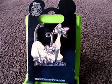 Disney * SI & AM - TROUBLEMAKERS * New on Card Lady & The Tramp Trading Pin
