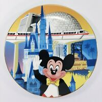 1986 WALT DISNEY WORLD FIFTEENTH ANNIVERSARY COMMEMORATIVE PLATE MICKEY MOUSE