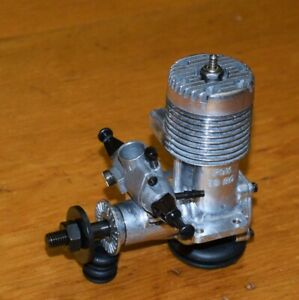 1973 Fox 25 RC model airplane engine Mark X carburetor vintage .25 glow motor