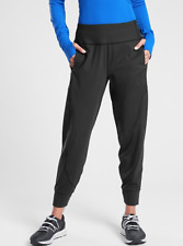 Athleta M Distance Jogger in Plush SuperSonic Black MEDIUM | Running Pants NWT