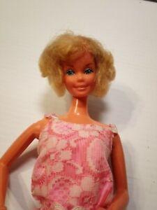 1966 BARBIE Twist N Turn Knees Bend Short Hair Smiling with Teeth Showing