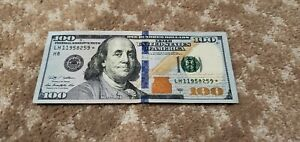 $100 dollar bill *star note* Series 2009 A, rare, great condition