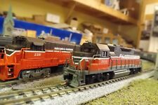 N-Scale Custom Painted  PROVIDENCE & WORCHESTER B23-7 # 2201
