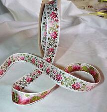 Ruban galon tissé fleurs roses sur fond blanc larg 18 mm vendu par 3 m -RF12-