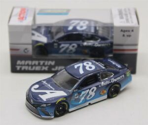 2018 MARTIN TRUEX JR #78 A  Auto Owners Insurance 1:64 Action Diecast In Stock