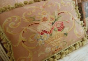"""20"""" Hand Woven Traditional Hand Woven Pastel Pink Aubusson Pillow"""