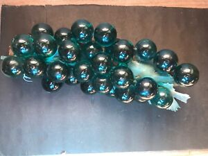 Large Cluster Vintage Blue Blue-Green Acrylic Resin Glass Grapes