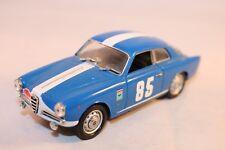 Detailcars ART.368 1:43 Alfa Romeo Giulietta sprint in very near mint condition
