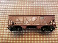 Athearn Burlington HO scale coal hopper car lighty weathered load