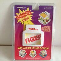 vintage MAGNIFIER & LIGHT tiger electronics handheld video game LCD 1993 new