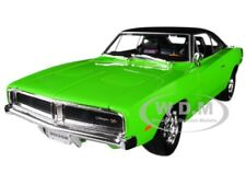 1969 DODGE CHARGER R/T GREEN W/ BLACK TOP 1/18 DIECAST MODEL CAR BY MAISTO 32612