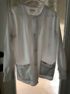 Landau 7525 Women's Premium Crew Neck Warm-Up Scrub Jacket, White, Medium Snap