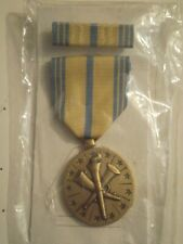 New listing Us Armed Forces Res Medal Nat Grd w/ribbon