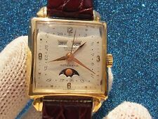RARE VINTAGE RECORD AUTOMATIC CAL.F 693 SOLID GOLD 18K TRIPLE DATE MOONPHASE