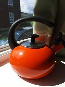Rachel Ray Orange Teapot 1.5 Quart Whistling With Ergonomic Handle
