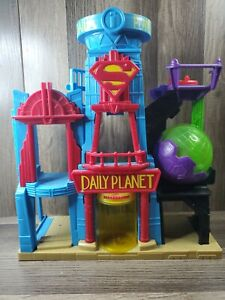 Imaginext Daily Planet Play Set Superman Building 2015 Mattel DTP30 DC Comics