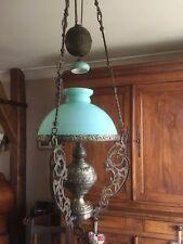 Lustre suspension bronze et laiton - Opaline Verte - Lampe à pétrole électrifiée