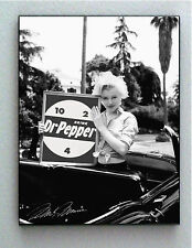 Framed Marilyn Monroe holding Dr. Pepper 10-4-2 w/faux autograph Limited Edition