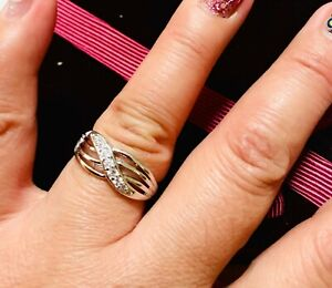 DIAM0NDS crossover ring uk size N us 7