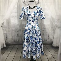 Muxxn XS-Small White Blue Dress Floral Short Sleeve V Neck Midi Fit & Flare B47