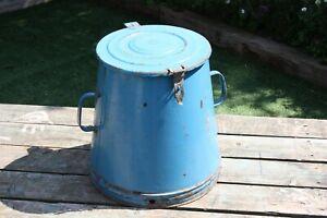 Vintage Blue Enamel European Flour Bin (25 Litre Kitchen Storage, Dutch)