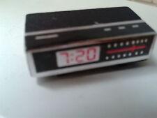 Dolls House Miniatures 1/12th Scale Modern Radio Alarm Clock D1424  New *