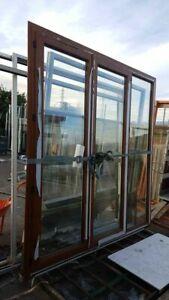 Porte-fenêtre pvc neuve 2,20m hauteur 2,30m