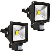 Incandescent 50W Outdoor Floodlights & Spotlights