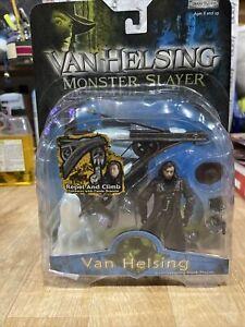 """J3/1) Monster Slayer """"VAN HELSING"""" Deluxe Action Figure Playset JAKKS 2004"""