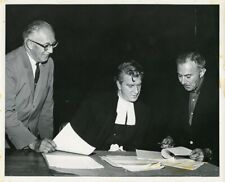 LESLIE NIELSEN AS BARRISTER READING SCRIPTS ORIGINAL 1962 CBS TV PHOTO