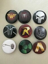 NEW SUPER HERO BADGES (9 PACK)~PARTY BAG FILLERS/GIFTS/PRIZES~