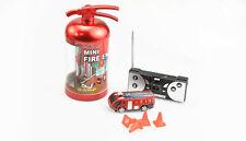 RC Feuerwehr Auto im Feuerlöscher
