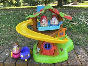 Fisher Price Weeble Wobble Tree House Car 3 Weebles