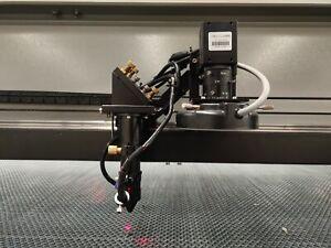 150W HQ1325 CO2 Laser Cutting Machine CCD Mark Contour Cut Printed Fabrics Logo