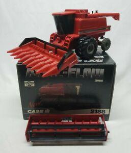 Case IH 2188 Axial-Flow Combine With Duals Corn + Grain Head By Ertl 1/32 Scale