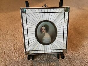 ANTIQUE MOTHER OF PEARL PICTURE FRAME FRENCH PORTRAIT LADY ALSSANDRA BAYCEN 1765