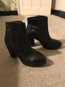 NEW H&M PREMIUM REAL LEATHER BLACK ANKLE BOOTS SIZE *UK 7.5