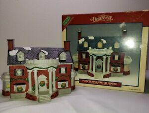 "VINTAGE RARE 1993 LEMAX "" RED BRICK HOUSE "" PORCELAIN LIGHTED HOUSE"